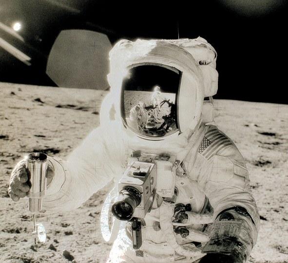 Resultado de imagen para astronauts camara