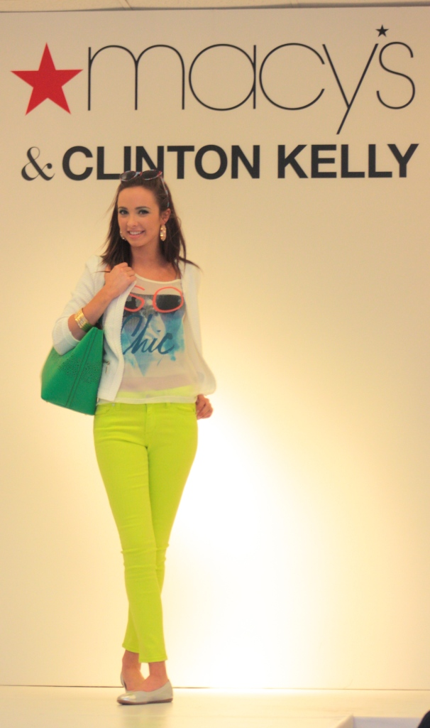 Lime green pants gave the audience a glimpse of the 80's.