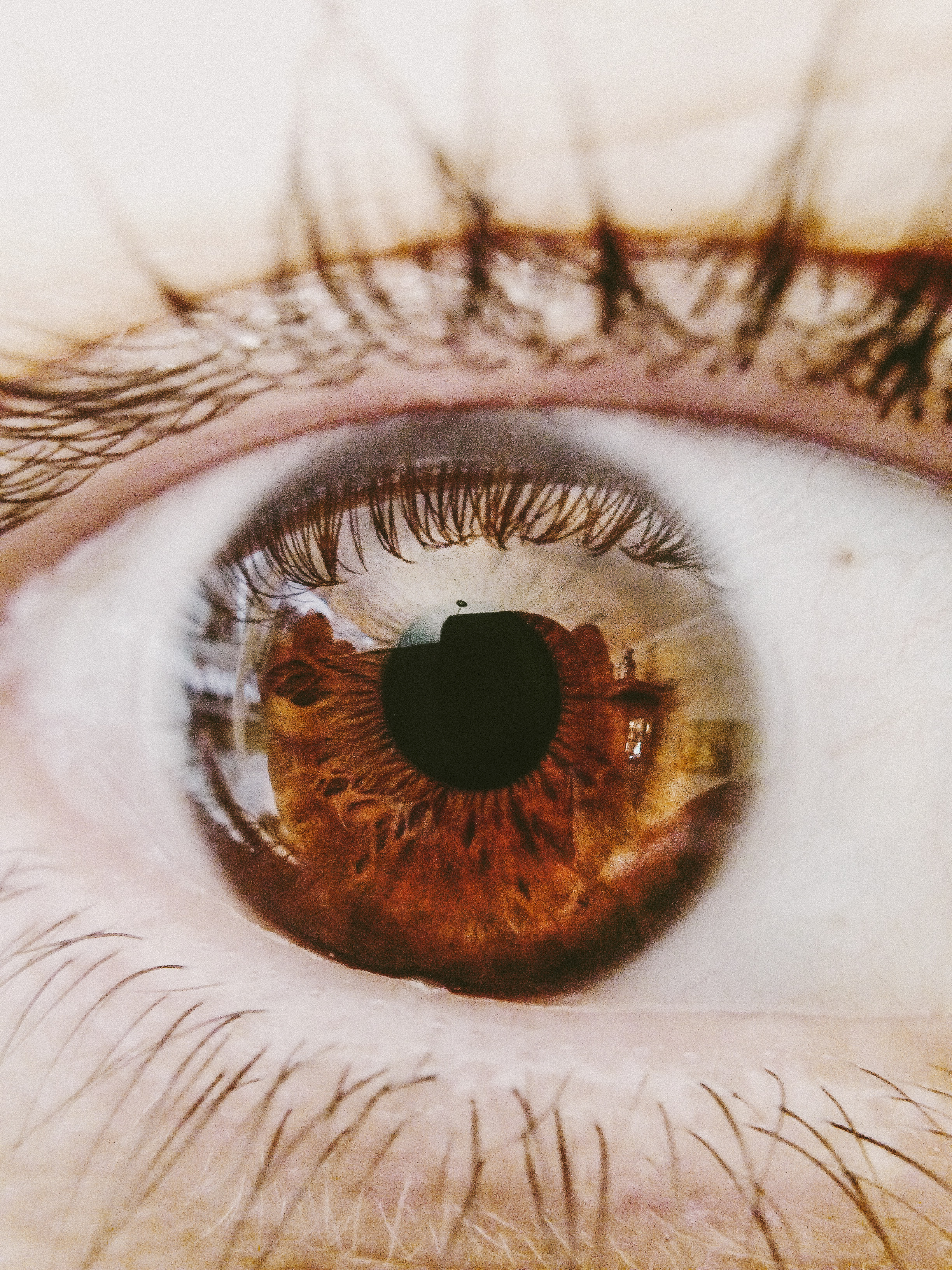 Little Galaxy Eyes – Quick Post | Visual Individual