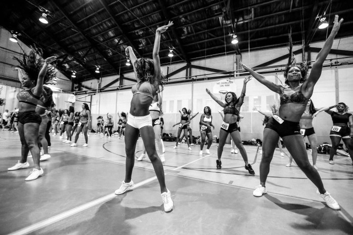 bs-sp-p24-ravens-cheerleader-tryouts-0308-newman